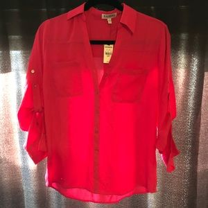 Hot pink Express convertible sleeve blouse 🔥💗💕